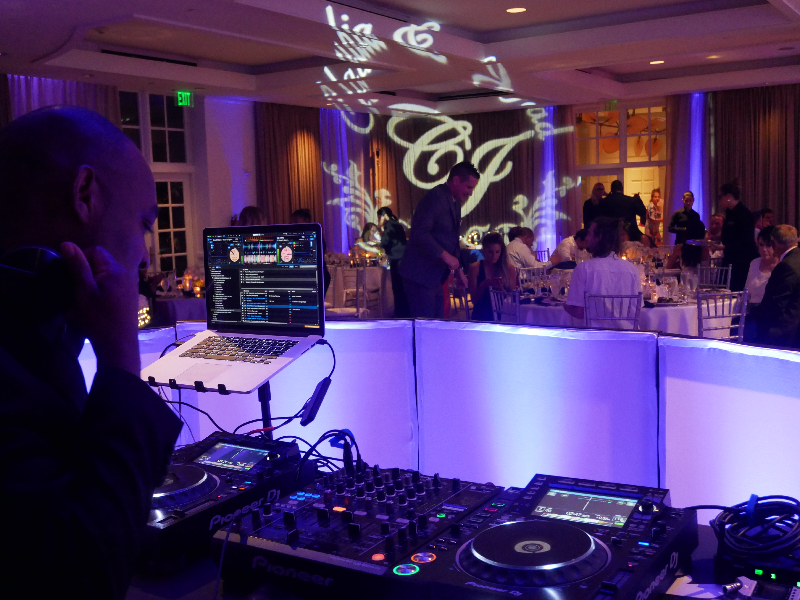 5 things to look for in a Miami Wedding DJ in 2021